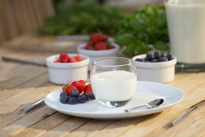 Jogurt naturalny zestalony – metoda termostatowa
